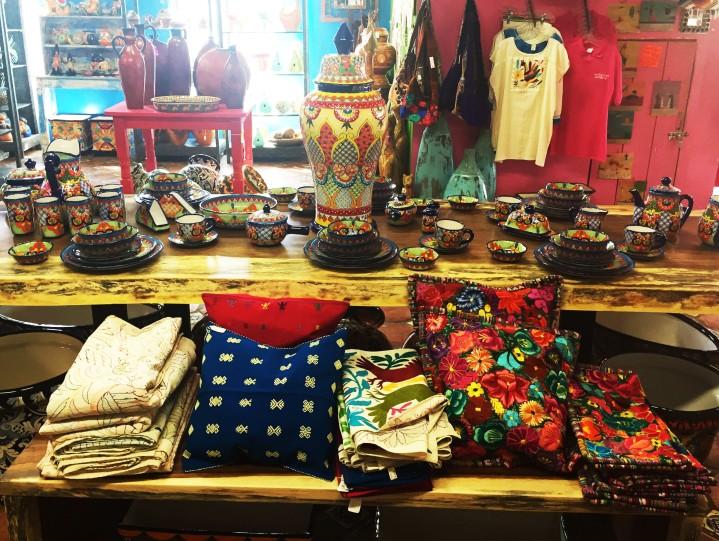 the pink store | puertopalomas